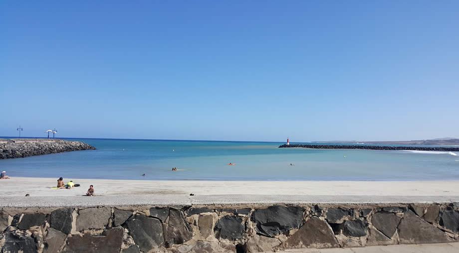 playa chica fuerteventura puerto del rosario