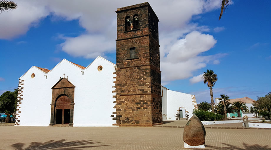 church-of-candelaria-la-oliva-fuerteventura