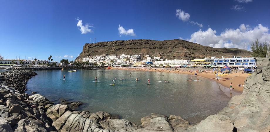 puerto mogan beach gran canaria