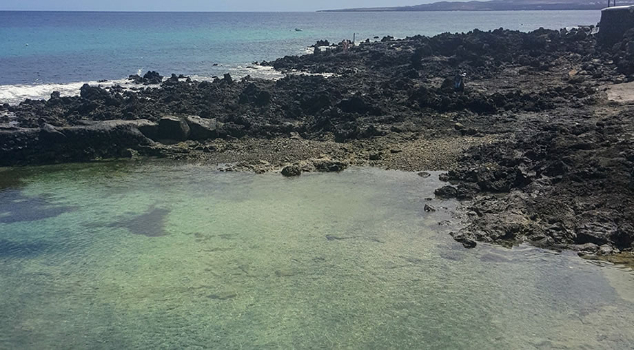 punta mujeres natural pool lanzarote