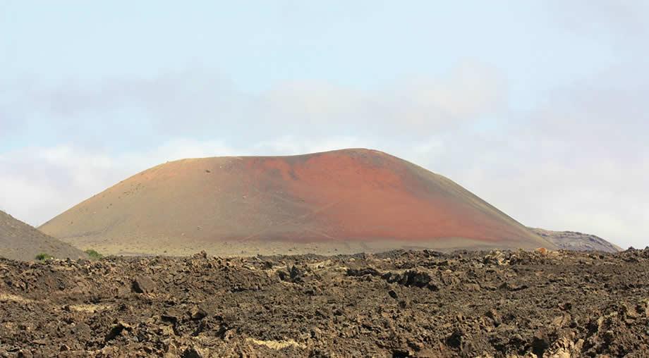 los volcanes natural park lanzarote