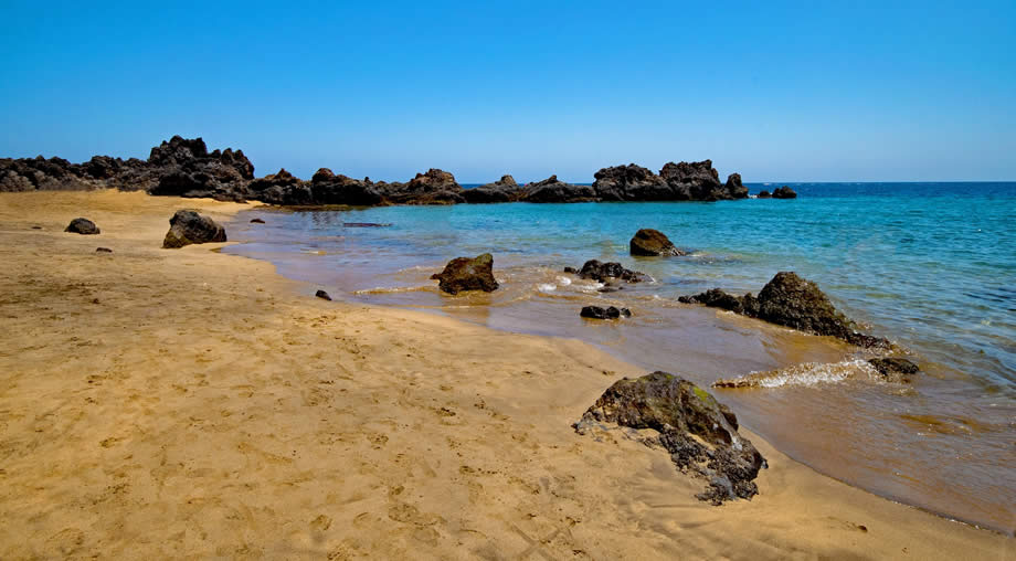 8bcf01c2ab9c Lanzarote Weather in July - Plan The Perfect Hot Summer Holiday