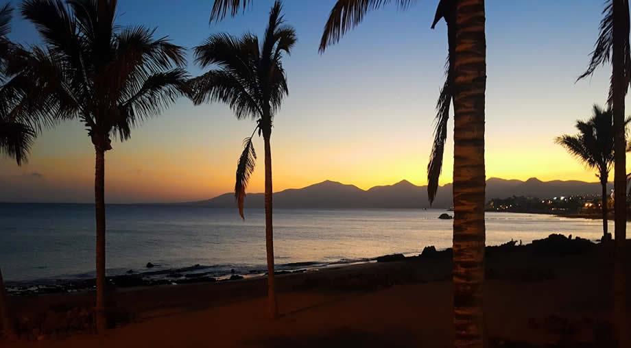 sunset-puerto-del-carmen-lanzarote