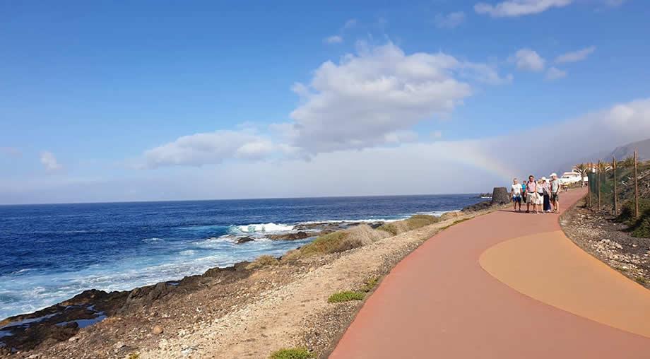 walking tenerife playa la arena alcala.